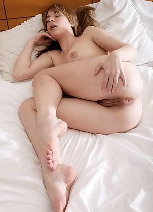 Nude Teen Sleeping Porn Pictures