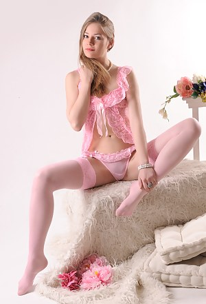 Nude Teen Lingerie Porn Pictures