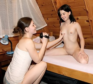 Nude Teen Girlfriend Porn Pictures