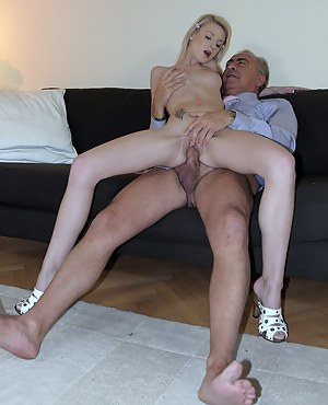 Nude Old vs Teen Porn Pictures